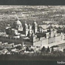Postales: POSTAL SIN CIRCULAR MONASTERIO DE EL ESCORIAL 13 (MADRID) VISTA GENERAL EDITA DOMINGUEZ. Lote 269033294