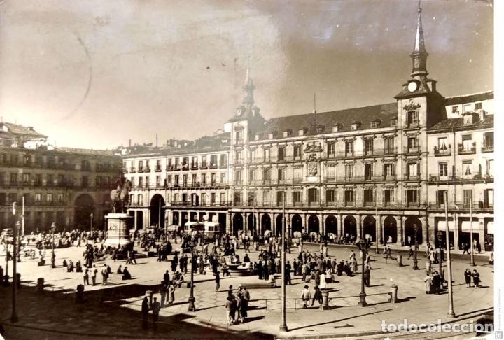 MADRID. 4011 LA PLAZA MAYOR. A. CAMPAÑA. USADA CON SELLO. BLANCO/NEGRO (Postales - España - Madrid Moderna (desde 1940))