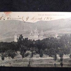 Postales: POSTAL AÑO 1910 * EL ESCORIAL , VISTA DEL MONASTERIO DESDE LA ESTACIÓN *. Lote 278705073