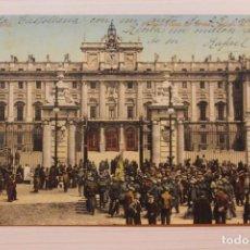 Cartoline: POSTAL MADRID, PALACIO, PLAZA DE ARMAS, RELEVO DE LA GUARDIA, PURGER. Lote 282590163