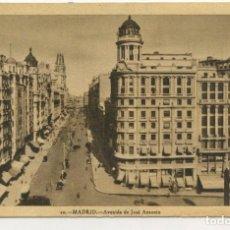 Postales: POSTAL DE MADRID (AVENIDA JOSÉ ANTONIO) HELIOTIPIA ARTÍSTICA (CIRCULADA 1947). Lote 288617203