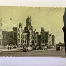 Postales: MADRID. POSTAL NO.24, PALACIO DE COMUNICACIONES.., EDIC. GARCIA GARRABELLA.(H.1960?) CÍRCULADA. Lote 295611593