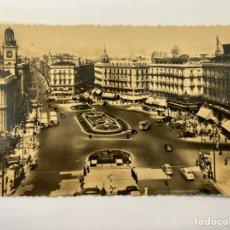 Postales: MADRID, POSTAL NO.48, PUERTA DEL SOL. EDIC. HELIOTOPIA ARTISTICA ESPAÑOLA (H.1970?) CÍRCULADA. Lote 295614733