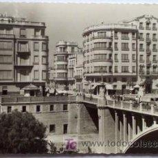 Postales: ELCHE (ALICANTE) - PUENTE DE CANALEJAS - CIRCULADA AÑO 1961 - EDITA GARCÍA GARRABELLA DE ZARAGOZA. Lote 22643088