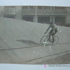 Postales: VALENCIA - EXPOSICION REGIONAL VALENCIANA AÑO 1909 - POSTAL FOTOGRAFICA - CARRERA CICLISTA. Lote 12927637