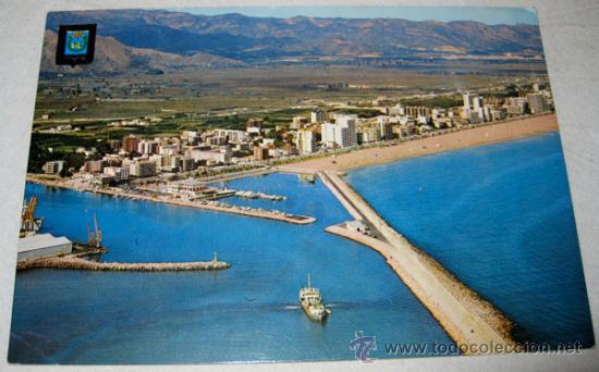 ANTIGUA Y BONITA POSTAL DE GANDIA VALENCIA - PUERTO Y PLAYA VISTA AEREA - NO CIRCULADA - A. SUBIRATS (Postales - España - Comunidad Valenciana Moderna (desde 1940))