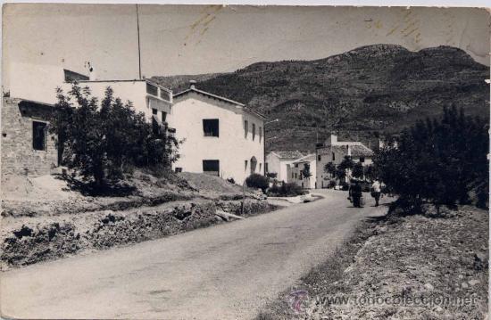 TOGA (CASTELLÓN ).- ENTRADA POBLACION (Postales - España - Comunidad Valenciana Moderna (desde 1940))