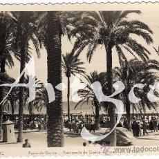 Postales: BONITA POSTAL - ALICANTE - PASEO DE GOMIS - MUY AMBIENTADA. Lote 30202130