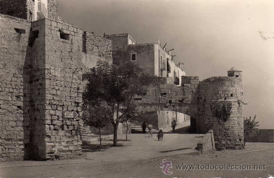 POSTAL DE PEÑISCOLA,PORTAL DEL PAPA,NO CIRCULADA (Postales - España - Comunidad Valenciana Antigua (hasta 1939))