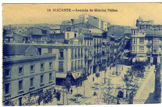 BONITA Y RARA POSTAL - ALICANTE - AVENIDA DE MENDEZ NUÑEZ - AMBIENTADA (Postales - España - Comunidad Valenciana Antigua (hasta 1939))