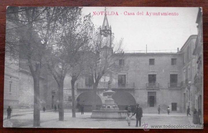 ANTIGUA FOTO POSTAL DE NOVELDA - CASA DEL AYUNTAMIENTO - NO CIRCULADA. (Postales - España - Comunidad Valenciana Antigua (hasta 1939))