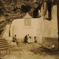 Postales: SERRA ( VALENCIA) FUENTE DEL PUEBLO - FOTOGRAFICA CIRCULADA Y DORSO SIN DIVIDIR. Lote 47068348