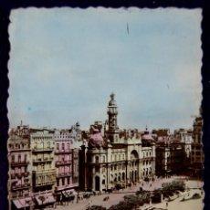 Postales: POSTAL DE VALENCIA. PLAZA DEL CAUDILLO. PALACIO DE COMUNICACIONES. COLOREADA. AÑOS 50.. Lote 53047023