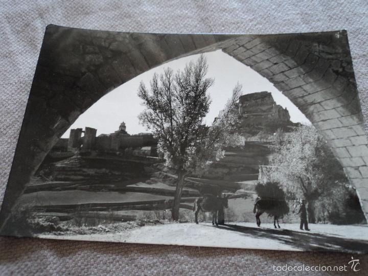 MORELLA VISTA PARCIAL Y ARCO DEL ACUEDUCTO ED COMAS ALDEA MEDIDAS 15 X 10 CM (Postales - España - Comunidad Valenciana Antigua (hasta 1939))