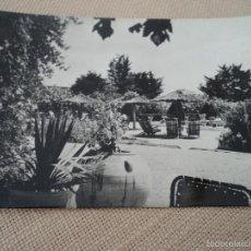 Postales: BENICARLO ALBERGUE DE CARRETERA DE LA D.G.T. SERIE 1 6440 BIS MEDIDAS 14 X 10 CM. Lote 61187647