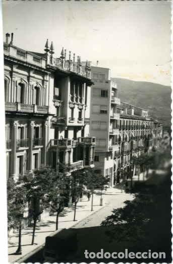 ALCOY (ALICANTE).- AVDA. DEL GENERALÍSIMO.- EDICIONES DARVI Nº 11. FOTOGRÁFICA. (Postales - España - Comunidad Valenciana Moderna (desde 1940))