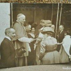 Postales: INFANTA ISABEL EN LA CAPILLA DE LA VIRGEN. EXPOSICIÓN REGIONAL VALENCIANA. ANTIGUA POSTAL.. Lote 86472900