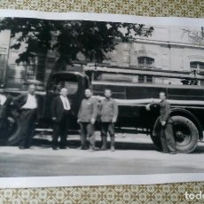 Postales: ANTIGUA FOTOGRAFÍA POSTAL. CAMION DE BOMBEROS. VALENCIA. BOMBERO. FOTO POSTAL.. Lote 98170303