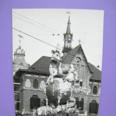 Postales: VALENCIA. FALLAS. FALLA GANADORA 1955. FOTOGRAFIA USADA COMO POSTAL. Lote 112983667