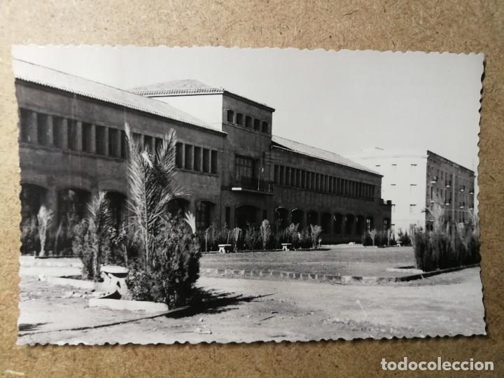 POSTAL PUEBLO DE ALGEMESÍ. VALENCIA. INSTITUTO LABORAL. FOTO TALENS (Postales - España - Comunidad Valenciana Moderna (desde 1940))