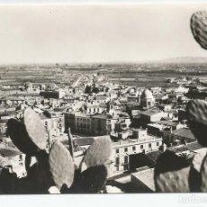 Postales: ANTIGUA POSTAL FOTOGRAFICA DE ORIHUELA-EDICIONES ARRIBAS-VISTA GENERAL-SIN CIRCULAR-MBC. Lote 150662338