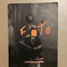 Postales: ANTIGUA FOTOGRAFÍA POSTAL COLOREADA. NIÑA. FOTÓGRAFO SANCHÍS. ALCOY. ALICANTE.. Lote 151630622