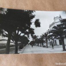 Postales: POSTAL DE VINAROZ. PASEO MARÍTIMO. Lote 166712438