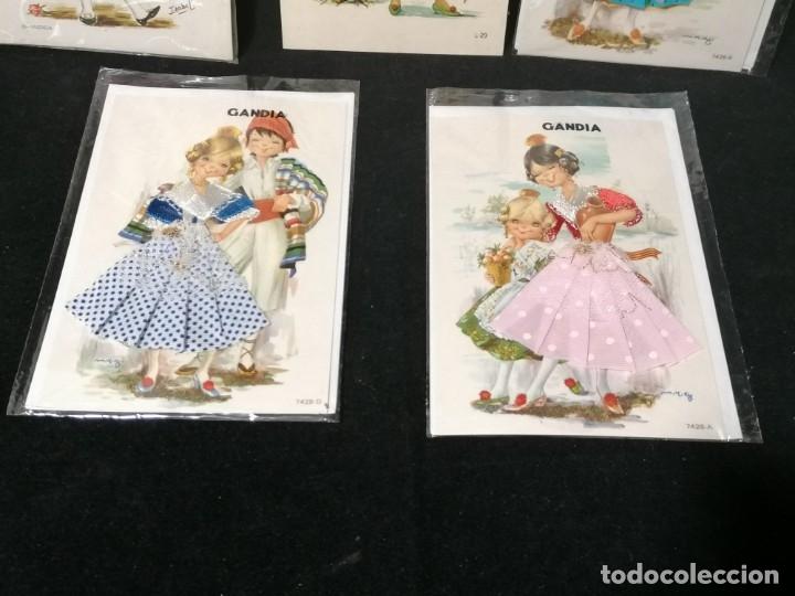 Postales: Antiguas postales valencianas de falleras con tela. Faldas con la tela y sin escritura. - Foto 3 - 177461092