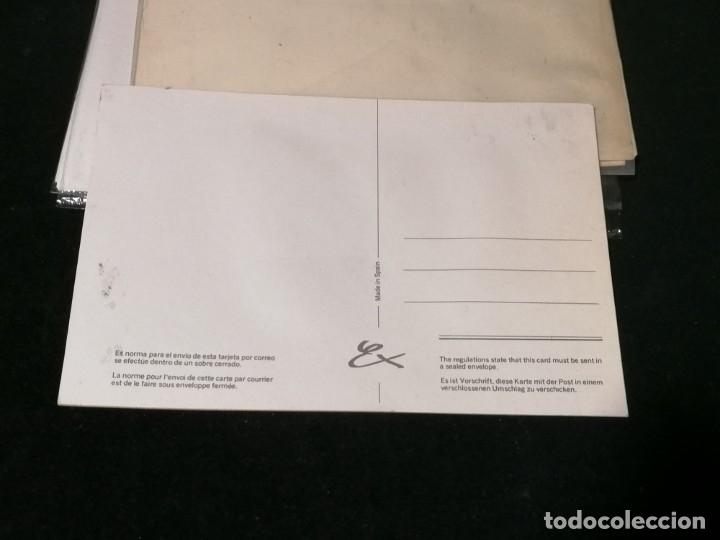 Postales: Antiguas postales valencianas de falleras con tela. Faldas con la tela y sin escritura. - Foto 9 - 177461092