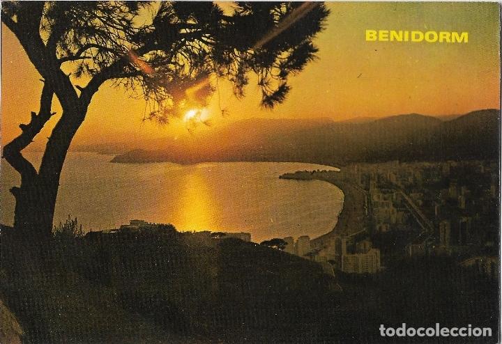 BENIDOR (ALICANTE) PUESTA DE SOL - FOTO RUEK Nº 734 - CIRCULADA (Postales - España - Comunidad Valenciana Moderna (desde 1940))