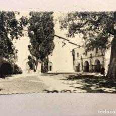 Postales: ALBOCACER (CASTELLÓN) POSTAL FOTOGRAFÍCA. PATIO DE LA ERMITA. EDITA: ED. DARVI (H.1950?). Lote 180239047