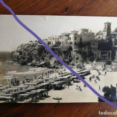 Postales: ANTIGUA POSTAL DE BENIDORM. ALICANTE. PLAYA DE LEVANTE. EDICIONES ARRIBAS. AÑOS 50/60.. Lote 180244286