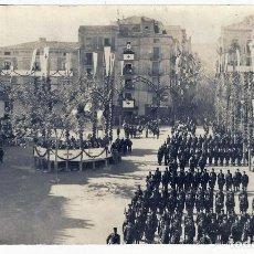 Postales: POSTAL ALICANTE ALCOY FIESTAS MOROS Y CRISTIANOS TROPAS EN MISA 1924 FOTO ANTIGUA ,ORIGINAL P838. Lote 183715453