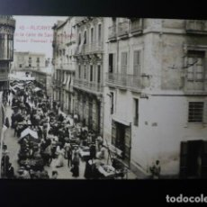 Postales: ALICANTE, MERCADO EN LA CALLE DE SAN FERNANDO.. Lote 195359120
