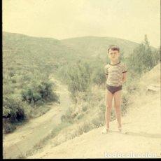 Postales: DIAPOSITIVA ESPAÑA CASTELLÓN TERESA 1966 GRAN FORMATO 55MM SPAIN FOTO PHOTO VISTAS NIÑO RETRATO. Lote 224431326