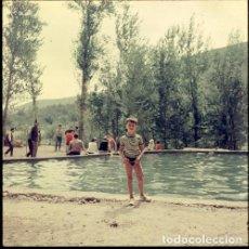 Postales: DIAPOSITIVA ESPAÑA CASTELLÓN TERESA 1966 GRAN FORMATO 55MM SPAIN FOTO PHOTO VISTAS NIÑO RETRATO. Lote 224433182
