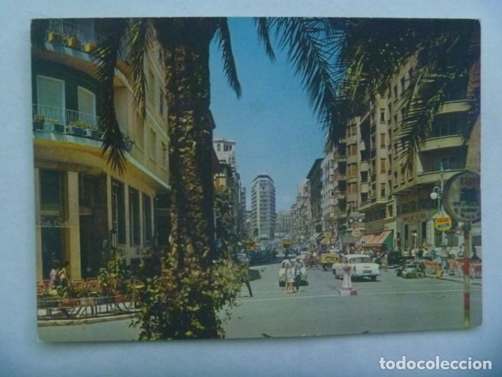 POSTAL DE ALICANTE : AVENIDA MENDEZ NUÑEZ . AÑOS 60 , SEAT 600, VESPA, ETC (Postales - España - Comunidad Valenciana Moderna (desde 1940))