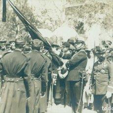 Postales: VALENCIA. MILITAR. JURA DE BANDERA REGIMIENTO INFANTERIA MALLORCA 13. HACIA 1920. FOTOGRÁFICA. Lote 261862830