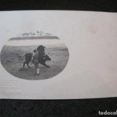 Postales: CORRIDA DE TOROS-TORERO-SELLO EN SECO M VIDAL-VALENCIA-FOTOGRAFICA-POSTAL ANTIGUA-(82.469). Lote 274618443