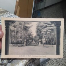 Postales: ANTIGUA POSTAL BALNEARIO DE BELLUS,PLAZA Y PASEO CENTRAL PINADA AÑOS 60. Lote 275902053