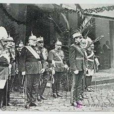 Postales - ANTIGUA POSTAL S. M. EL REY SON ALFONSO XIII, PRESENCIANDO UN DESFILE MILITAR - NO CIRCULADA - ED. M - 5458197