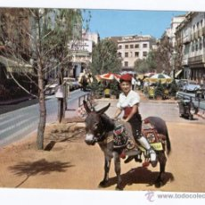 Postales: SAN FELIU DE GUIXOLS - COSTA BRAVA GIRONA - ESCENA TIPICA. NIÑO CON BURRITO. COCHES ANTIGUOS. Lote 51557246