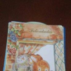 Postales: POSTAL FELICITACION AÑOS 80 TIENE PURPURINA. Lote 173579783