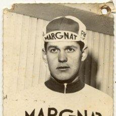 Coleccionismo deportivo: ANTIGUA POSTAL // RAMON MENDIBURU // MARGNAT PALOMA // CICLISMO . Lote 24763329