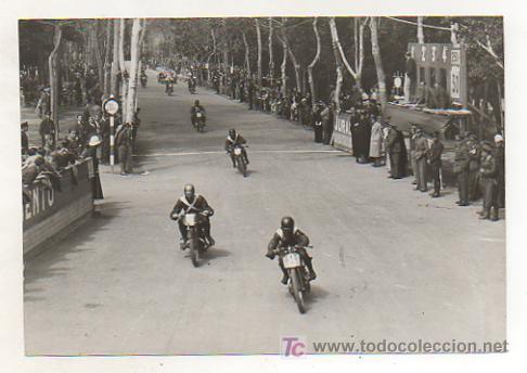 MOTOCICLISMO. FOTOGRAFÍA GRAN PREMIO DE MADRID DE MOTOS. CELEBRADO EN LA CASA DE CAMPO. 1935. (Coleccionismo Deportivo - Postales de otros Deportes )