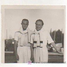 Coleccionismo deportivo: FOTOGRAFÍA ORIGINAL. LOS TENISTAS 'MARIN' Y 'ARTENS'. 11 X 12 CM.. Lote 15645315