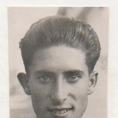 Coleccionismo deportivo: FOTOGRAFÍA ORIGINAL. CICLISMO. EL CICLISTA 'ROS'. 16 X 8 CM. 1934. Lote 15645975