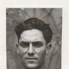 Coleccionismo deportivo: FOTOGRAFÍA ORIGINAL. 1935. ATLETISMO. GUANYADOR DE LA XVI JEAN BOUIN. 13 X 7,5 CM.. Lote 16561202