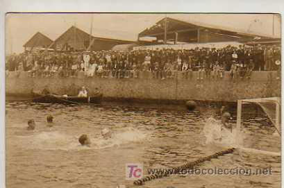 FOTO POSTAL DE POLO ACUATICO WATER POLO -CLUB NATACION BARNA 20 CLUB NATACION POLO 7 -1921 (Coleccionismo Deportivo - Postales de otros Deportes )