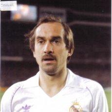 Coleccionismo deportivo: FOTO STIELIKE CON EL REAL MADRID - GOLY. Lote 27375034